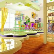 色彩明亮的教室