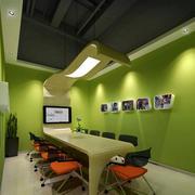 现代简约风格办公室背景墙装饰