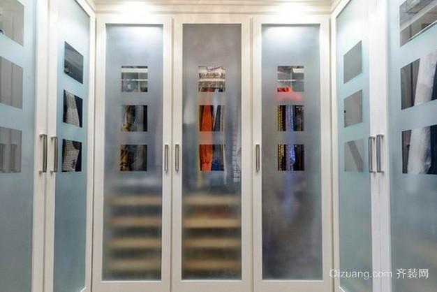 复式楼精致型卧室玻璃衣柜移门效果图