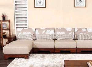简约中式风格客厅实木沙发装修效果图