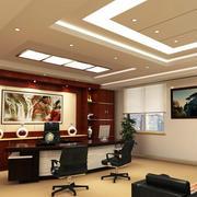 欧式风格深色办公桌设计
