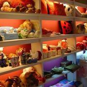 玩具熊饰品店图片