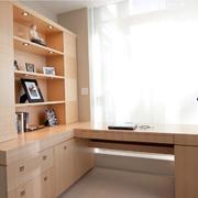 原木色书房电脑桌