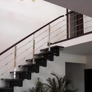 黑色时尚的楼梯
