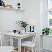 餐厅实木餐桌椅装修背景墙图