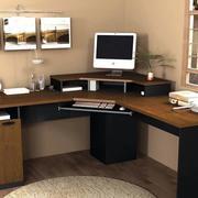 颜色深沉的转角电脑桌