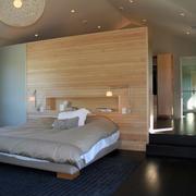卧室隐形门装修吊灯图