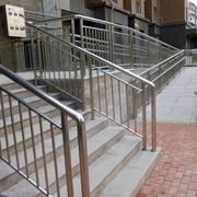 户外安全的楼梯