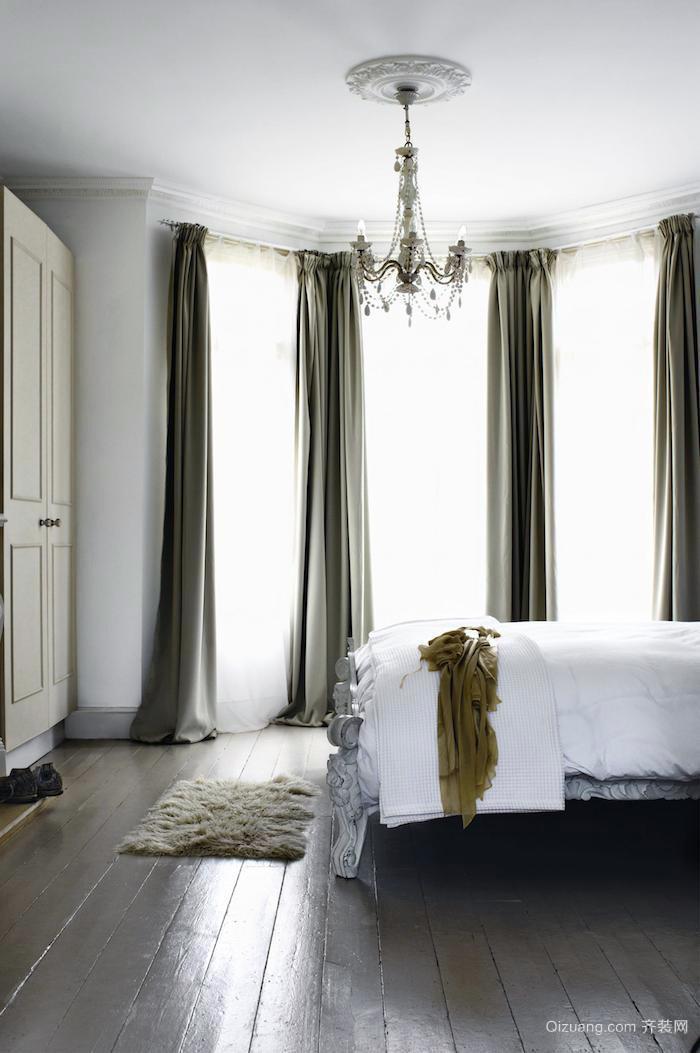 经典美式2层复式别墅装修设计效果图例