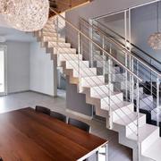 家居现代化楼梯