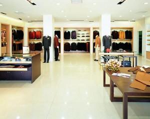 80平米都市专卖店装修设计效果图