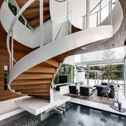 公寓创意旋转楼梯设计