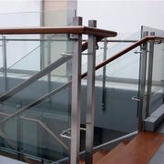 安全耐用的楼梯