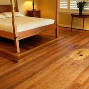 温暖中式简约卧室地板
