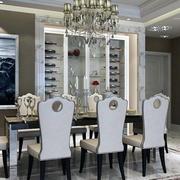 餐厅实木餐桌椅装修吊顶图