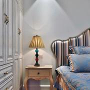 90平米房子卧室床头灯设计