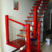 红色调楼梯装修图片