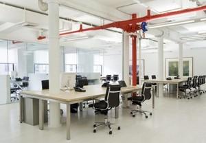 现代简约都市办公室装修设计实景图