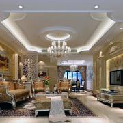 暖色调的客厅设计