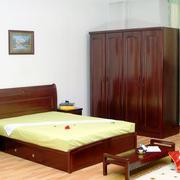 中式卧室实木床设置