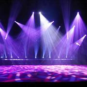 现代时尚舞台射灯效果图