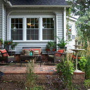 美式别墅庭院桌椅装饰