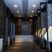 深色调厕所设计图片