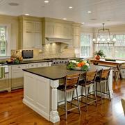 美式混搭风格厨房吧台设计