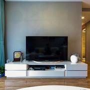 房屋客厅白色电视柜