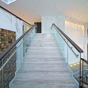 大户型别墅楼梯设计