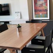 欧式复式楼双人餐桌设计