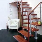 小巧型楼梯装修图片