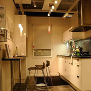 美式厨房暖色系灯饰设计