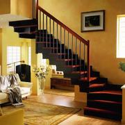 安全便利的楼梯