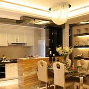 暖色调厨房设计图片