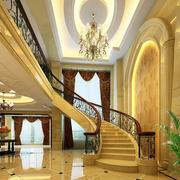 金黄色调楼梯装修图片