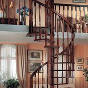 木色调楼梯装修图片