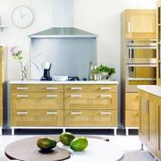 韩式原木浅色厨房橱柜装饰