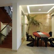 客厅楼梯设计图片