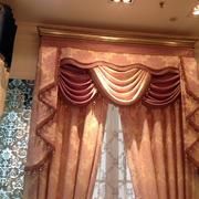 暖色调窗帘设计图片