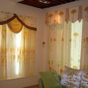 温馨系列窗帘设计图片