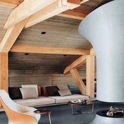 美式原木浅色斜顶吊顶装饰