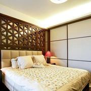 现代时尚的卧室衣柜