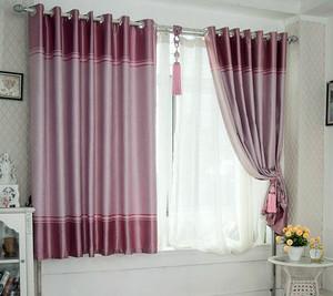 单身公寓欧式风格飘窗窗帘效果图