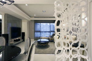 客厅简约白色隔断设计