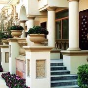 大型别墅庭院装饰