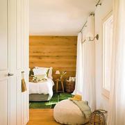 房屋卧室白色窗帘展示