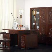 中式书房简约深色家具布置