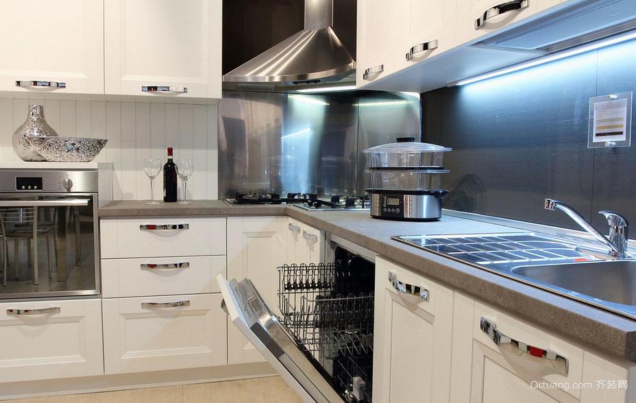 实用宜家的开放式厨房装修效果图