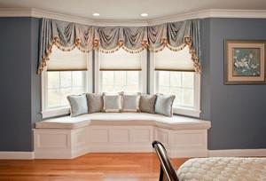 暖色调飘窗窗帘图片